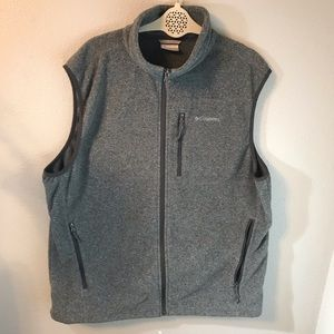 Men's grey fleece Columbia vest size XL